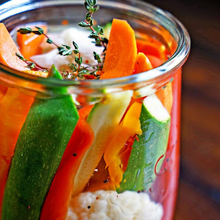 Easy Homemade Pickled Vegetables
