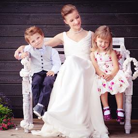 The Big Day by Mindaugas Navickas - People Family ( girl, wadding, kids, bride, boy, women, portrait,  )