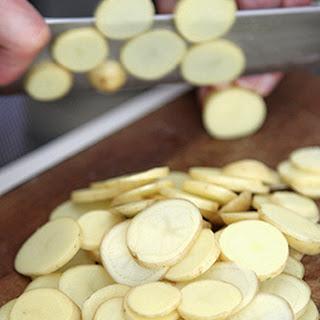 Easy Spanish recipe – Patatas a la pobre