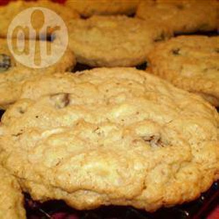 Chocolate Chip and Pecan Oatmeal Cookies.