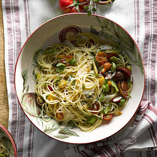 Fresh Spaghetti with Heirloom Tomatoes and Basil.