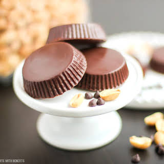 Healthy Homemade Peanut Butter Cups (sugar free, low carb, gluten free).