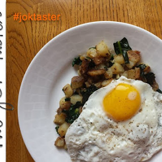 /RECIPE/ Kale and Potato Hash with Fried Eggs
