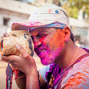 Capturing the colors  by Shaik Mohaideen - People Professional People (  )