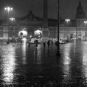 by Miranda Legović - City,  Street & Park  Street Scenes