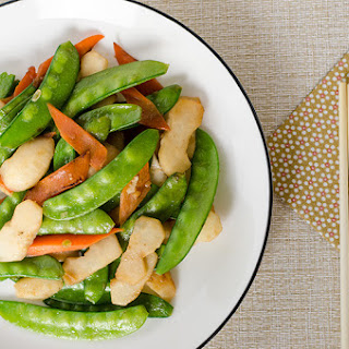 Stir-Fried Snow Peas and Water Chestnuts