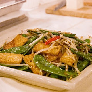 Extra-Firm Tofu with Snow Peas and Bean Sprouts.