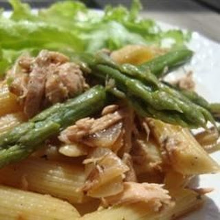 Farfalle with Asparagus and Smoked Salmon