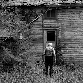 Days Past by Eddie Tuggle - Black & White Buildings & Architecture ( farm, harveyville, farmhouse, kansas )