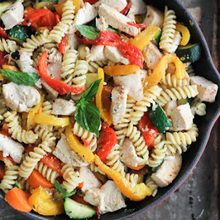 Garlic Parmesan Pasta with Chicken & Roasted Bell Peppers