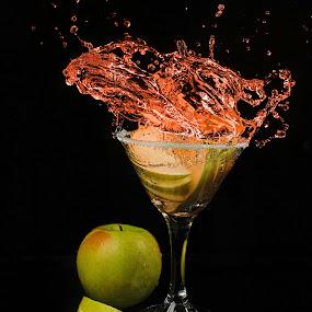 sour apple splash by Earl Wyant - Food & Drink Alcohol & Drinks ( water, splash, apple, drink )