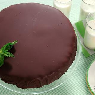 Thin Mints Patty Ice Cream Cake.