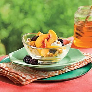Peach-Blackberry-Yogurt Fruit Cups