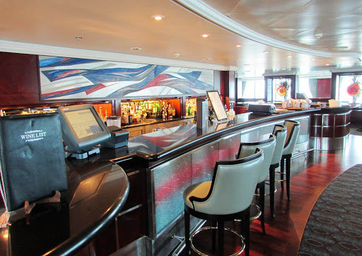 Oceania-Regatta-Horizons-Bar - A look at Horizons Bar aboard Oceania Regatta.