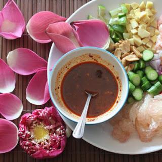 Thai Pomelo and Shrimp Salad (Miang Som O).