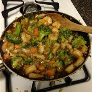 Easy Shrimp Vegetable Stir Fry.