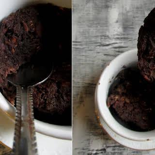 5 Minute Chocolate Mug Cake 'Baked' Oatmeal.