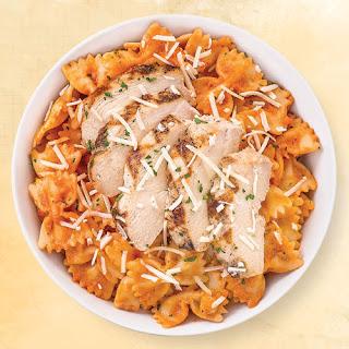 Bowtie Pasta with Vodka Blush Sauce & Chicken